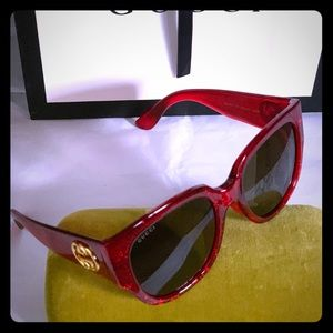 Red oversized Gucci sunglasses! Price firm !!